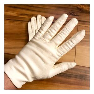 Vintage White Leather Gloves, Approx 6.5